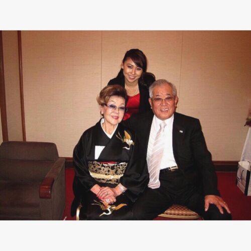 野村沙亜也と野村克也、沙知代の家族写真