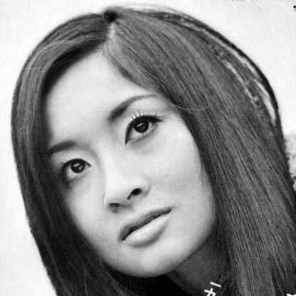 李麗仙の若い頃の写真